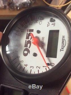 02 Triumph Daytona 955i Speedometer Gauge Cluster Assembly