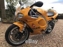 2000 W TRIUMPH DAYTONA 955i Only 5050 Miles T595
