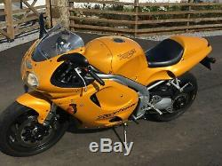 Absoutuely stunning pristine 1999 Triumph Daytona 955i