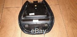 Custom leather motorbike seat for Triumph Daytona 955i