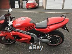 Motorbike triumph Daytona 955i