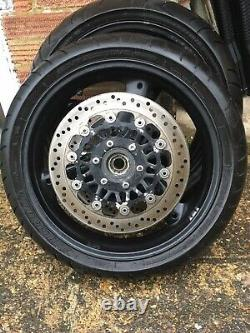 TRIUMPH 955i Daytona t595 WHEELS & Discs And Bridgestone Tyres Speed Triple