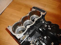 TRIUMPH DAYTONA 955i OEM BARE ENGINE CRANKCASES CRANK CASES CASINGS 1999-2000