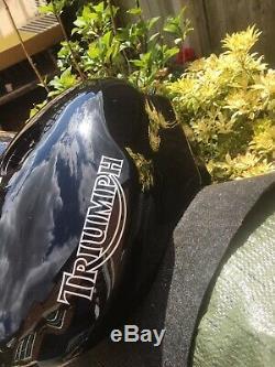 TRIUMPH DAYTONA 955i SPEED TRIPLE FUEL TANK BLACK