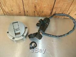 Triumph 1050 Sprint ST 955 955i Daytona Sprint Tiger lock set tank ignition lock