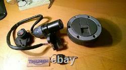 Triumph 955 955i Daytona Sprint Tiger TT600 Lock set ignition lock seat tank