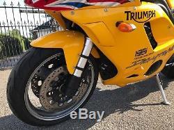 Triumph 955i Daytona 21k Mot 2019