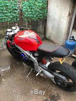 Triumph 955i T reg