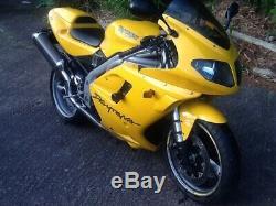 Triumph Daytona 955 i