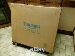 Triumph Daytona 955I 2001-2003 left hand fairng panel red NEW in Triumph box
