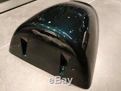 Triumph Daytona 955i (01) Aston Green Seat Cowl T2304863-HH
