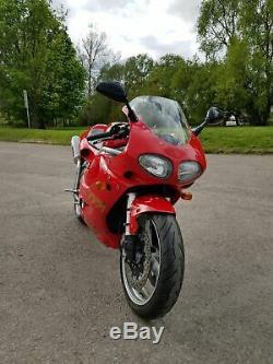 Triumph Daytona 955i 2000 sport bike 1000cc