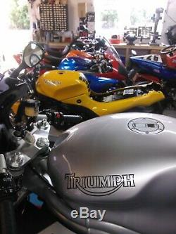 Triumph Daytona 955i 2001, excellent condition incl. Tank bag & paddock stand