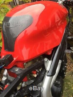 Triumph Daytona 955i Fuel Tank Red Triumph Speed Triple 955i
