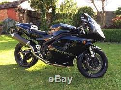 Triumph Daytona 955i SS Black