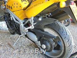 Triumph Daytona 955i Speed Triple. New MOT today, Mileage17,816 Stunning bike