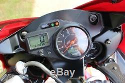 Triumph Daytona 955i Super Sports, 55 plate, red & black
