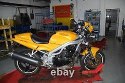 Triumph Daytona 955i T595 Bj. 1999 Frame with papers