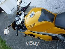 Triumph Daytona 955i yellow 1999