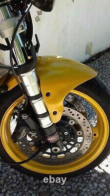 Triumph Daytona T595 955i Cafe Racer