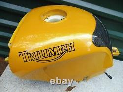 Triumph Daytona T595 Tank Kraftstofftank Benzintank 595 955i 1998