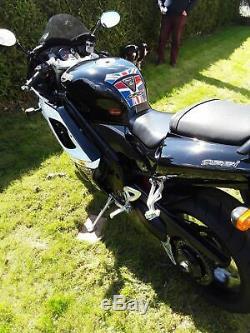 Triumph daytona 955i motocycle